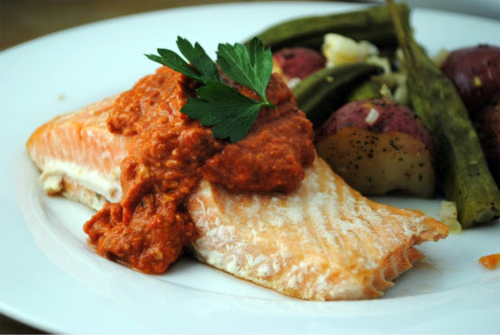 Salmon and Red Pepper Pesto